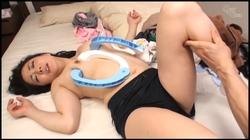 【グローリークエスト】姑の卑猥過ぎる巨乳を狙う娘婿 #008