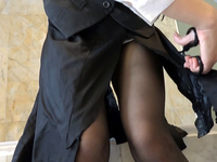 Trash the tight skirt (DA13-3)